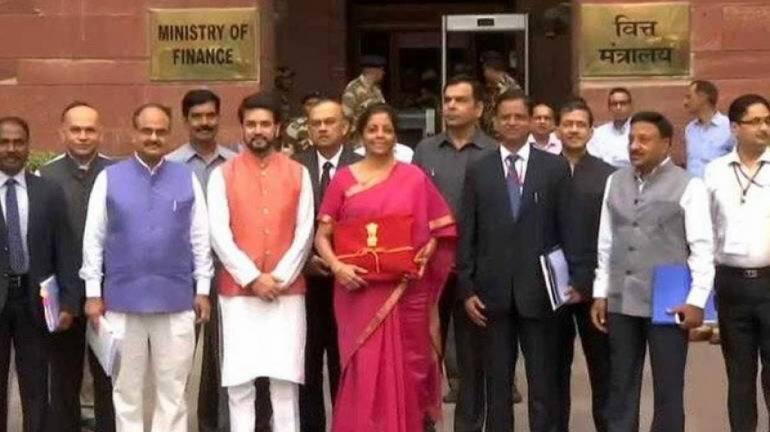 Budget 2020-21: महाराष्ट्र ने भुगता केंद्र से टकराव का नतीजा