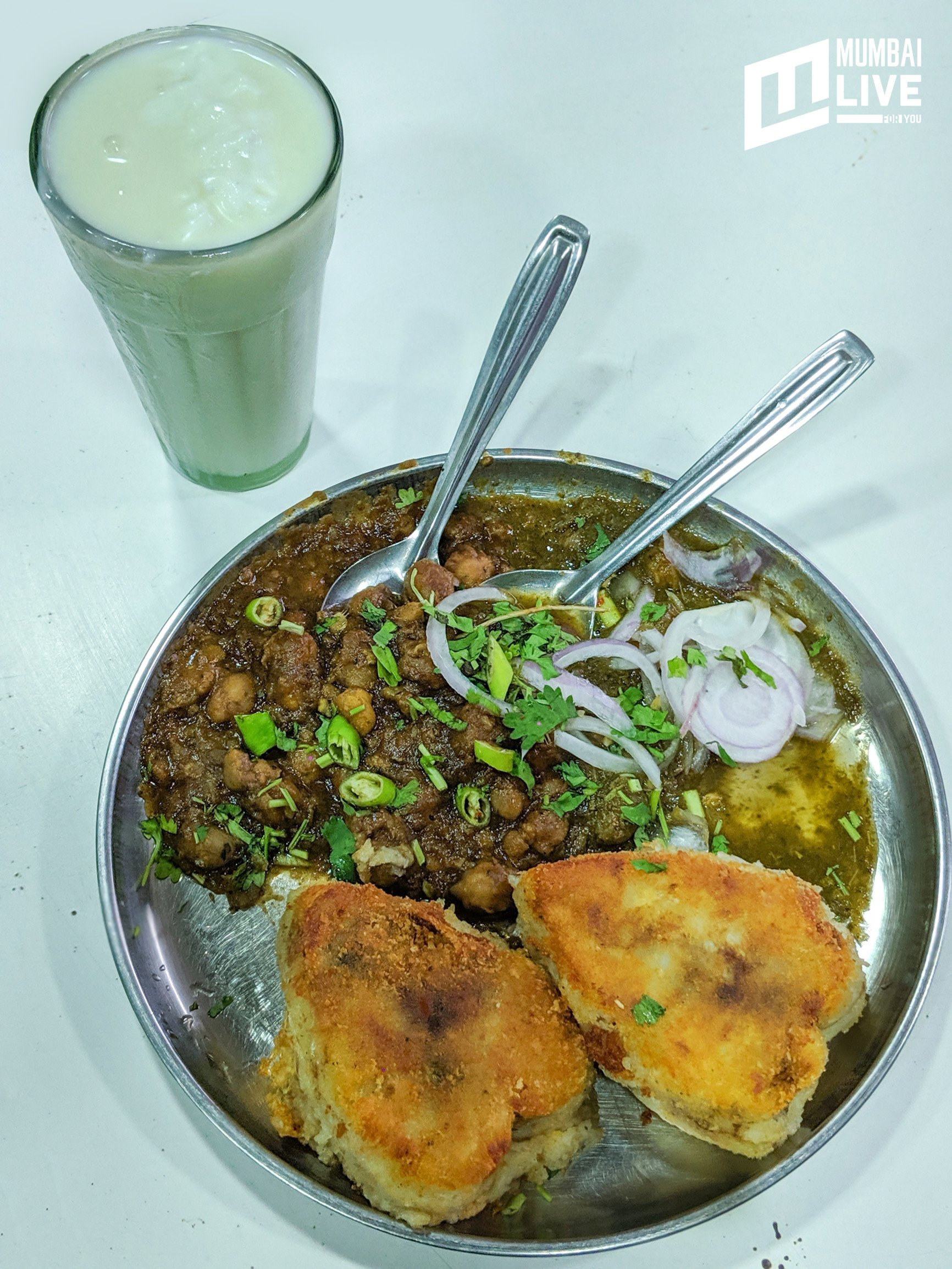 Best of Mumbai Street Food: Chembur's Top 5 'Gully' Bites You Shouldn't Miss Out On