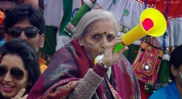 Top 5 Indian Cricket fans who display the country's craze for the sport