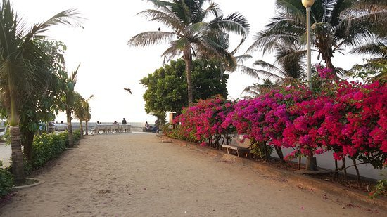 If I were a guide, these are the 5 places in Mumbai I would take a tourist to