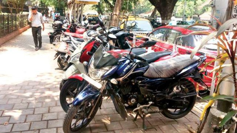 BMC collects ₹5.19 lakh fine from illegally parked vehicles