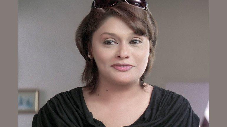 प्रसिद्ध अभिनेत्री पल्लवी जोशी को साइबर चोरो ने बनाया अपना शिकार