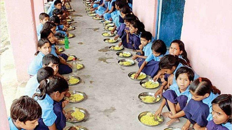 खिचड़ी की जगह मध्यान्ह भोजन में अब बच्चों को मिलेगा ज्वार-भाकरी
