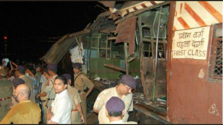 मुंबई लोकल बॉम्बस्फोट : १३ वर्ष उलटली तरीही 'त्या' जखमा आजही जिवंत