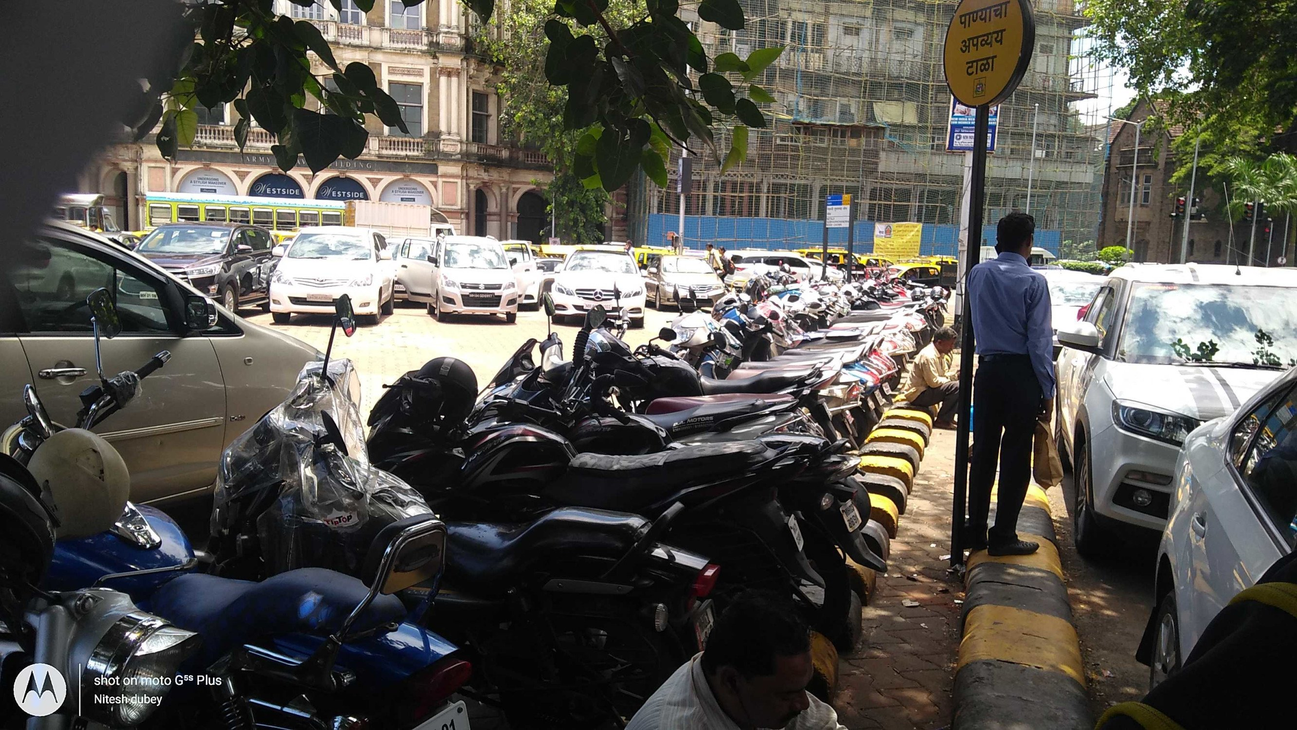 Private parking contractors having it their way at Mumbai parking lots
