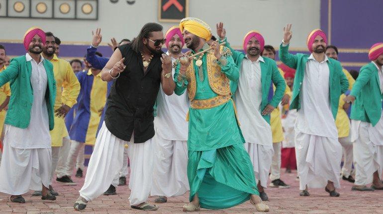 हनी सिंह का गाना 'गुड़ नालो इश्क मीठा' मचा रहा धमाल, 28 मिलियन हुए व्यूज!