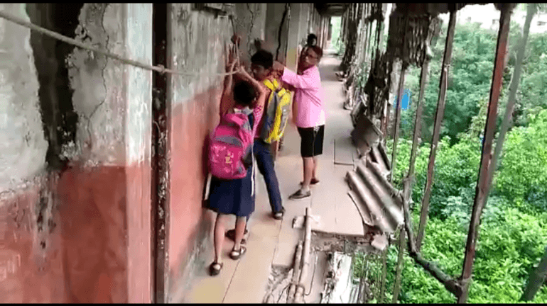 Here's how students risk their lives to travel to school in Chunabhatti