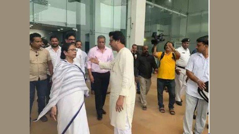 कोलकाता में ममता बनर्जी से मिले राज ठाकरे, ममता ने साथ आने का दिया आश्वासन
