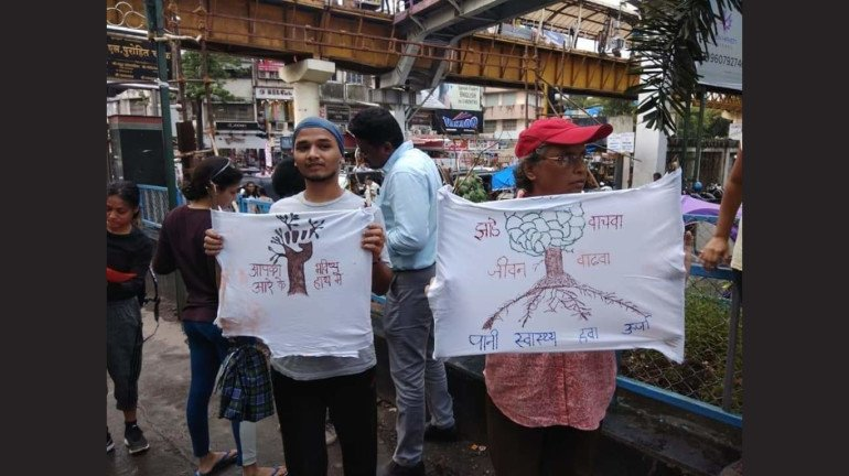 Protest to save the green cover in Aarey intesify