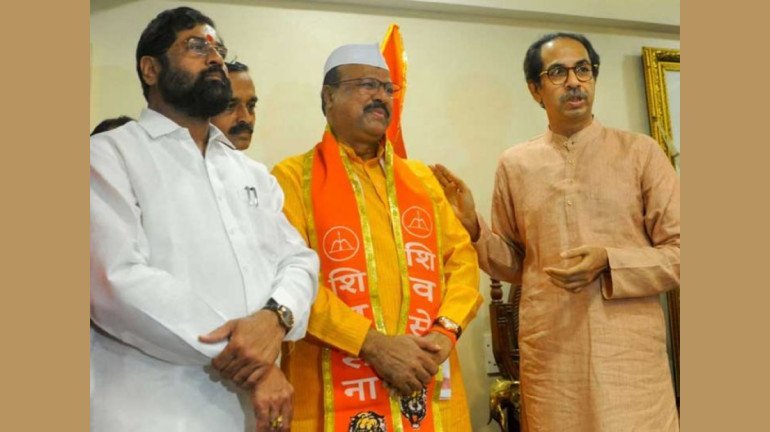 Former Congress MLA Abdul Sattar joins Shiv Sena
