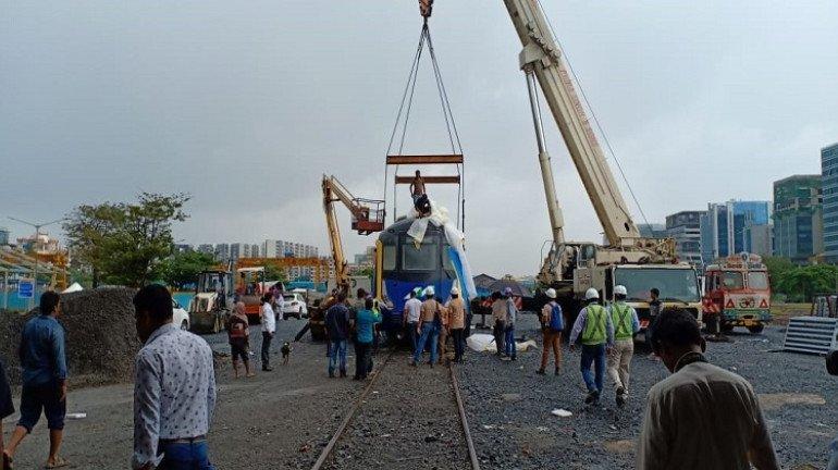 First Metro 2 coach arrives in Mumbai