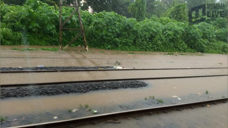 Mumbai Rains : Trains Affected Due To Incessant Rains