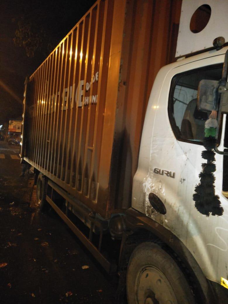 मुंबईत साडेसात कोटींचं रक्तचंदन जप्त, गुन्हे शाखेची कारवाई
