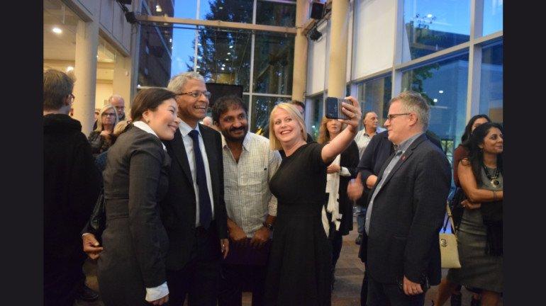 'सुपर 30' की कनाडा में स्पेशल स्क्रीनिंग, विदेश में भी जीता सबका दिल!