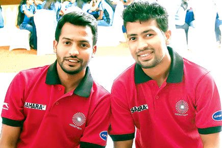 I love playing gully cricket when I am in Mumbai: Devindar Walmiki