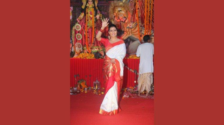 Navratri 2019: A Star Studded Affair at North Bombay Sarbojanin Durga Puja Samiti