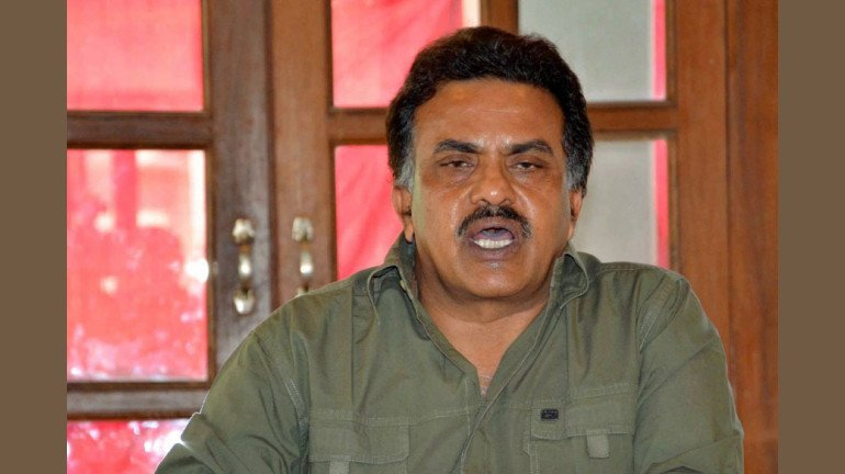 Better to keep Maharashtra entertained with poetry: Congress leader Sanjay Nirupam to Raut
