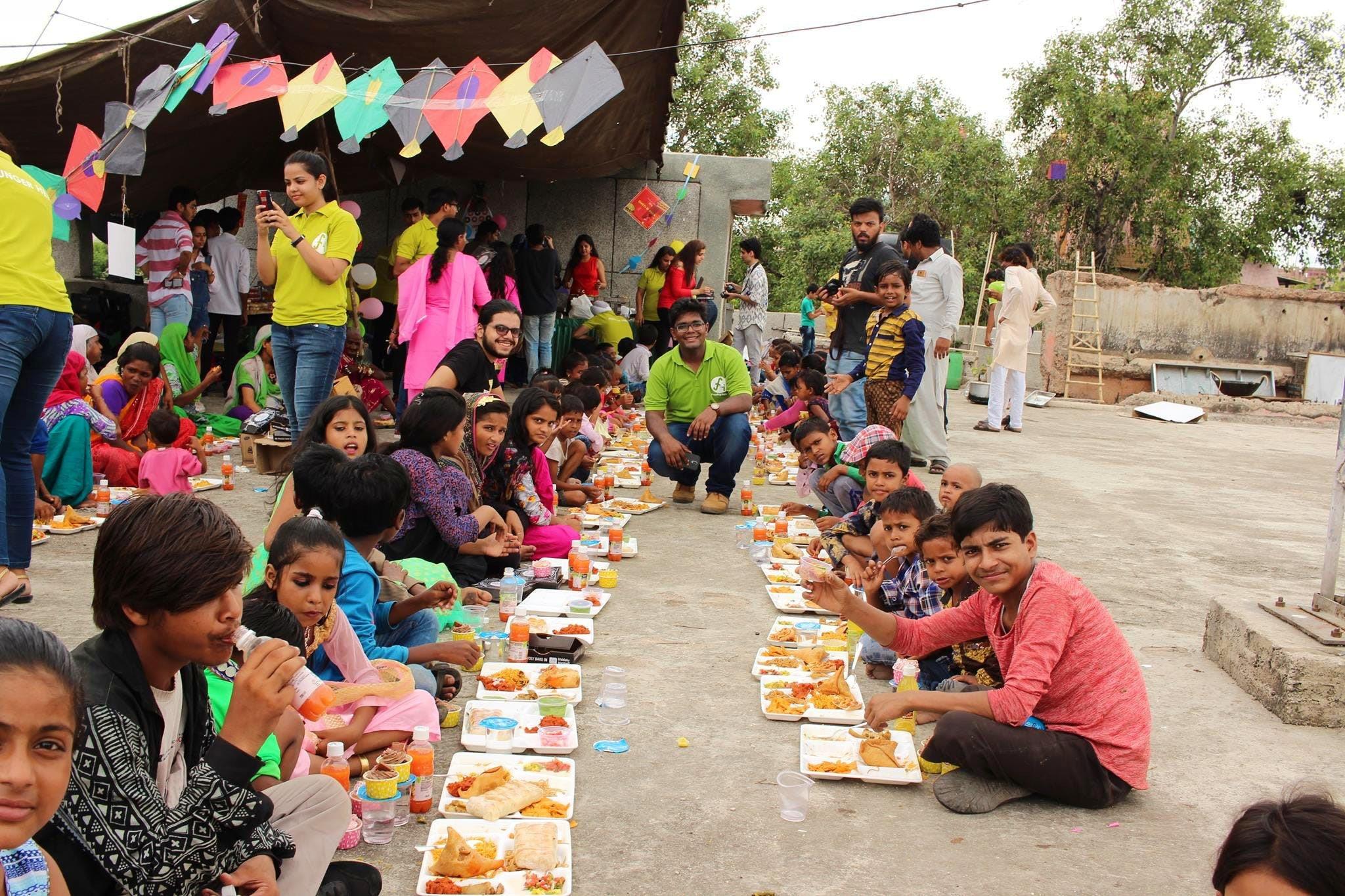 वर्ल्ड हंगर डे : मुंबईतील या ५ संस्थांना करा अन्नदान आणि व्हा चांगल्या कामाचे भागीदार