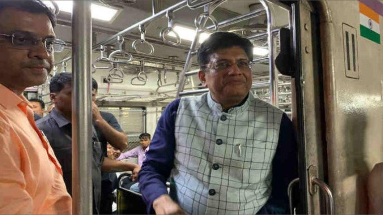 Mumbai Local Train: Ministry of Railways extends number of trains running on WR, CR