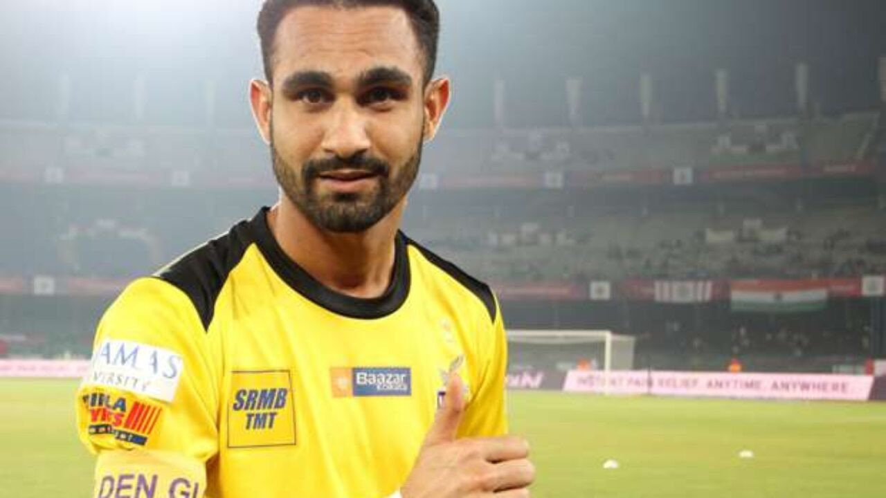 Amrinder Singh, the ultimate wall that guards the goalpost for Mumbai City FC