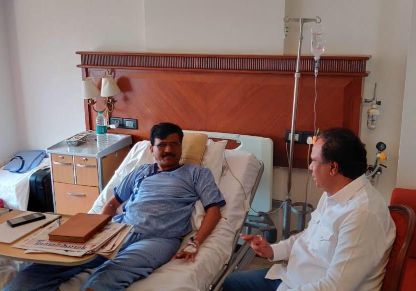 संजय राउत से मिलने के लिए अस्पताल पहुंच रहे दिग्गज