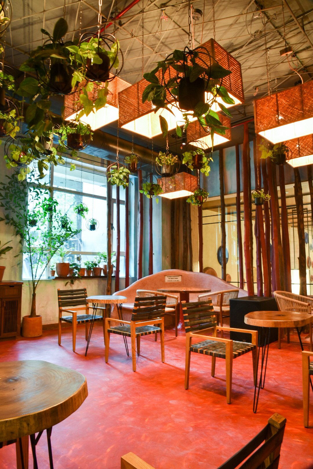 'Powai Social' pays tribute to Mumbai with its unique interiors