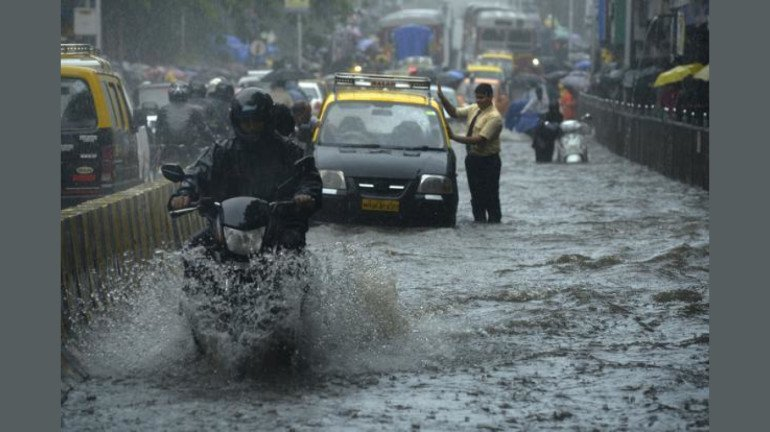Mumbai and suburbs to receive rain in the next 5 to 6 days: Skymet