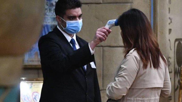 coronavirus : मुंबई में मिले 8 संदिग्ध मरीज, एयरपोर्ट पर अब तक लगभग 4 हजार मरीजों का हुआ थर्मल जांच