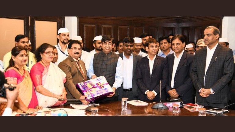 BMC Budget 2020: Praveen Pardeshi unveils his first budget of ₹33,341 crore
