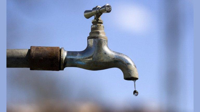 वर्सोवा के इस इलाके में 20 साल से नहीं आ रहा है पानी