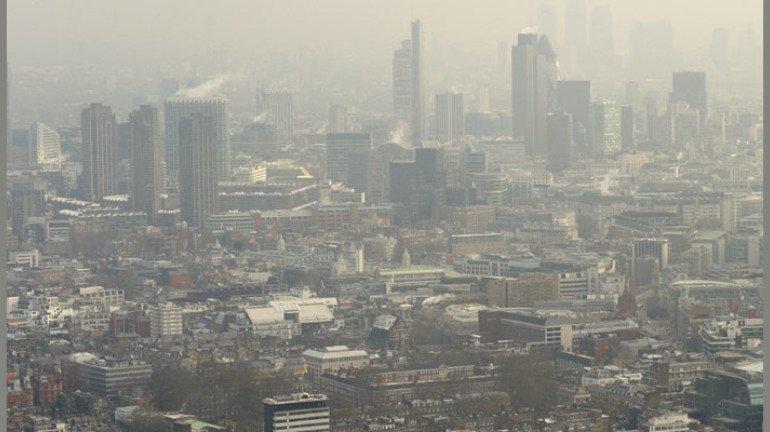मुंबईतल्या ४ कंपन्यांना प्रदूषण विभागाची नोटीस