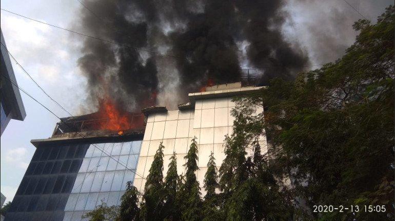 Andheri Fire Video | अंधेरी के MIDC इलाके में लगी आग, आग बुझाने का कार्य जारी