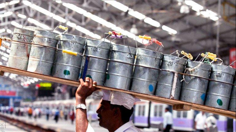 लॉकडाउन के कारण मुंबई के डब्बावालों की आर्थिक स्थिति गंभीर