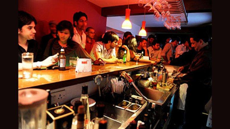 रात साढ़े तीन बजे तक हो शराब परोसने की परमिशन, आहार संगठन ने की मांग
