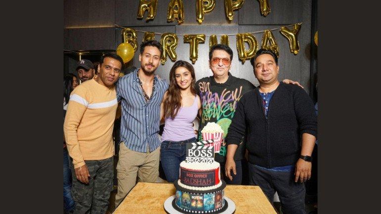 'बागी 3' की टीम के साथ साजिद नाडियाडवाला ने मनाया अपना जन्मदिन