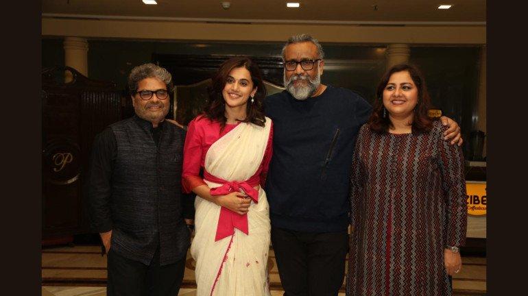 विशाल भारद्वाज ने दिल्ली में आयोजित की 'थप्पड़' की विशेष स्क्रीनिंग, तापसी और अनुभव सिन्हा ने की शिरकत
