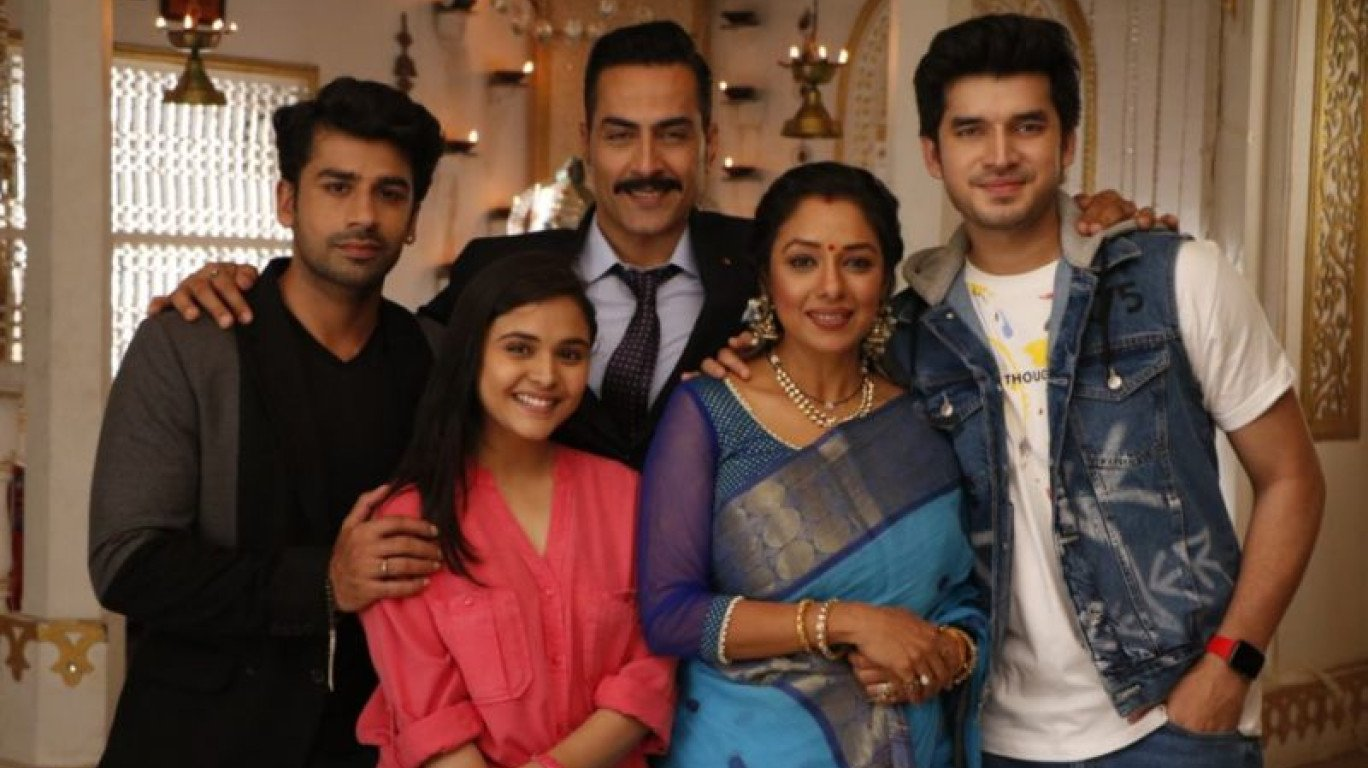 Star Plus to launch a new show 'Anupamaa' starring Rupali Ganguly and  Sudhanshu Pandey