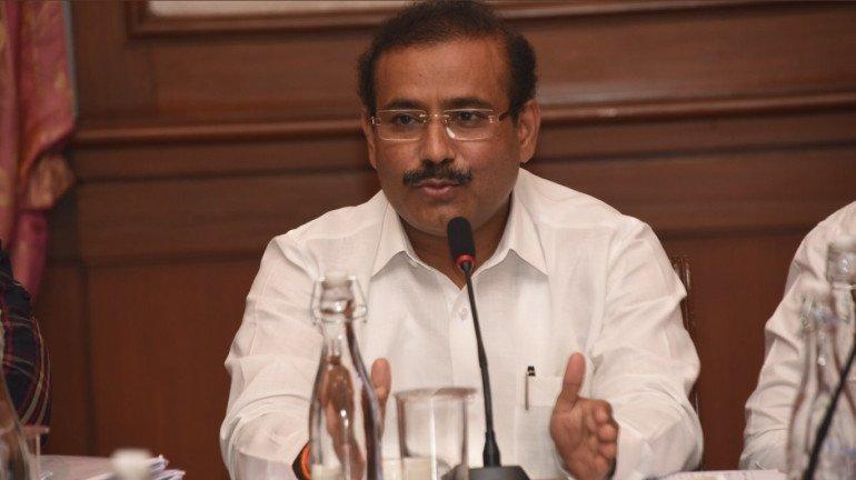 महाराष्ट्रात म्युकरमायकोसीसच्या रुग्णांमध्ये वाढ, आरोग्यमंत्र्यांनी केली केंद्राकडे इंजेक्शनची वाढीव मागणी