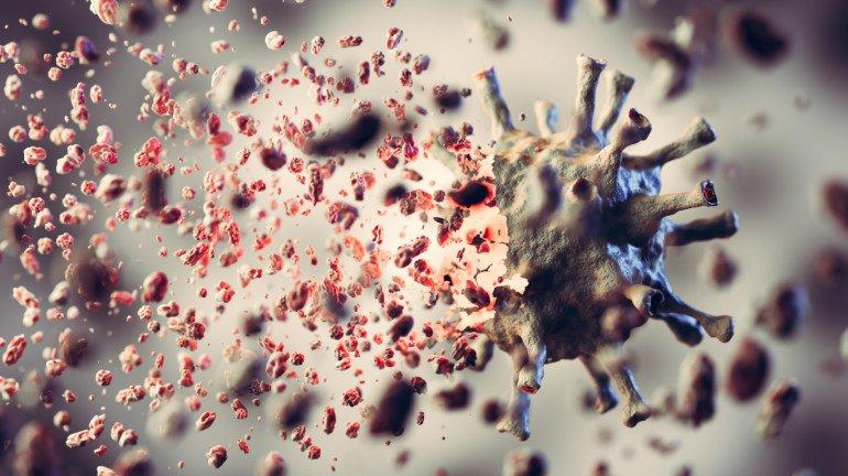 बॉम्बे कैंटीन का एक  कर्मचारी भी कोरोना संक्रमित