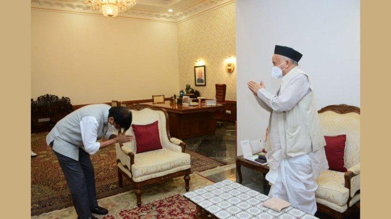 Maharashtra CM, Governor share a father-son relationship: Sanjay Raut