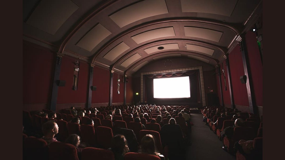 Theatres and auditoriums in Maharashtra will open after October 22: CMO