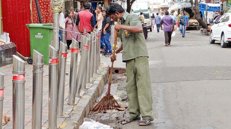 कोरोनाने मृत्यू झाल्यास मुंबई महापालिका कामगारांच्या कुटुंबीयांना ५० लाखांची भरपाई