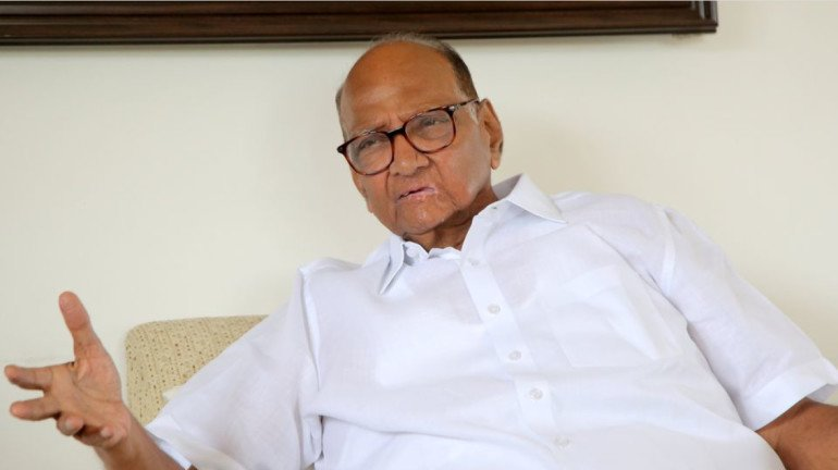 मेट्रो 3 के लिए बनने वाले कारशेड के लिए केंद्र और राज्य सरकार के बीच मध्यस्था कराएंगे शरद पवार