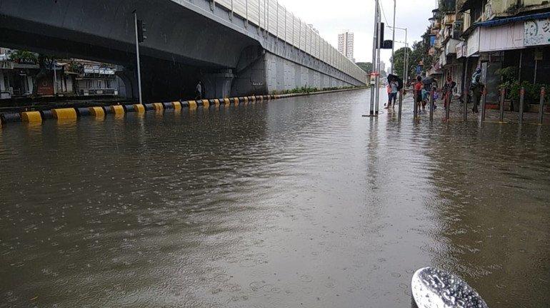 Mumbai Rains: मागील ३ तासांत मुंबईत पडला १५६ मिमी पाऊस