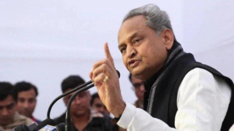 Shiv Sena backs Ashok Gehlot amid political stir in Rajasthan