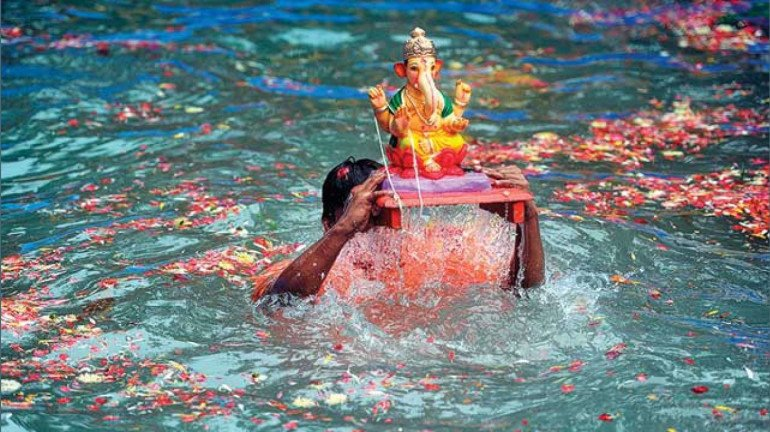 Mumbai: 2 out of the 5 boys drowned during Ganpati immersion were rescued