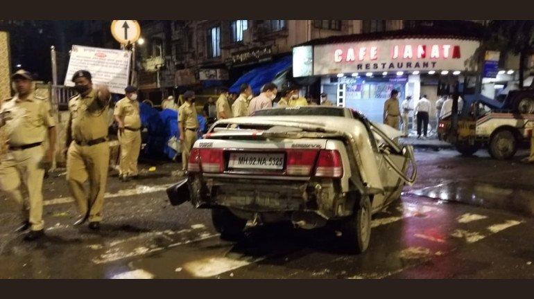 अभी अभी, मुंबई के क्रॉफर्ड मार्केट में हुआ बड़ा एक्सीडेंट, 5 की मौत, कई घायल