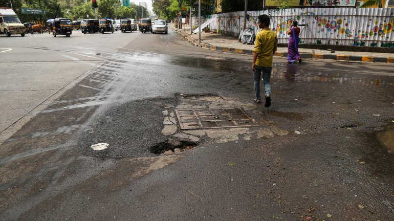 BMC does a complete u-turn on the pothole issue