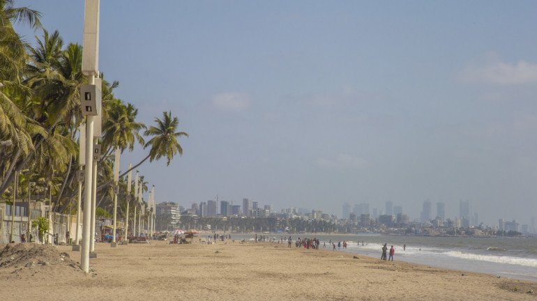 Conservation Group Adopts 7 Beaches in Mumbai to Ensure Cleanliness