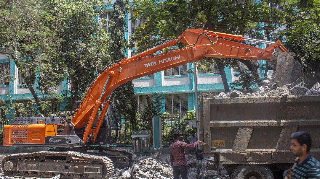 Mumbai: Kandivali residents against the construction of toilet in the park
